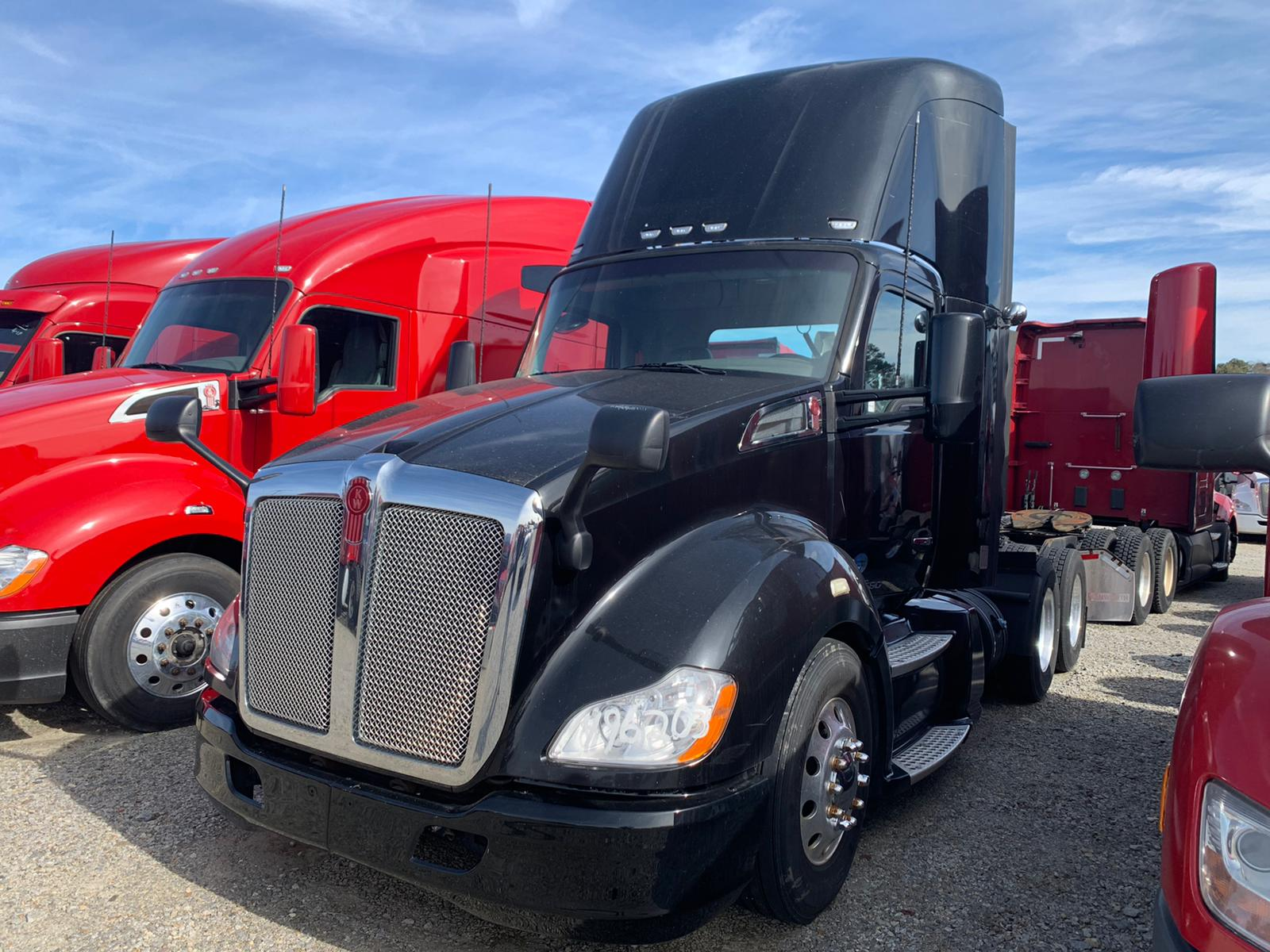 2016 T680 DAY CAB